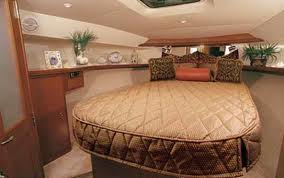 dry-tortugas-fishing-charter-boat-bedroom